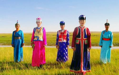 唐朝服饰的来历和特色