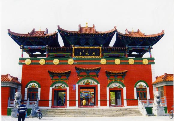 青海省塔尔寺法台