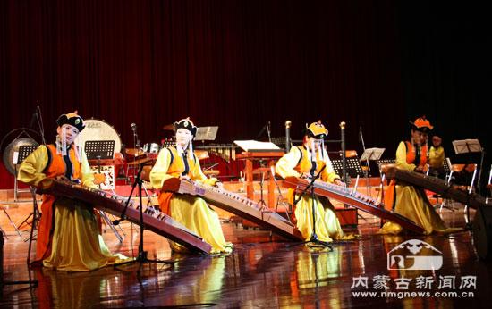 蒙古国国立马头琴乐团专场音乐会在呼和浩特市举行