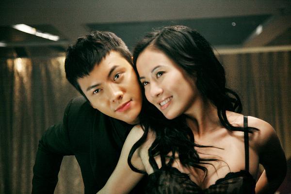《出轨的女人》上映叶璇演绎同性诱惑