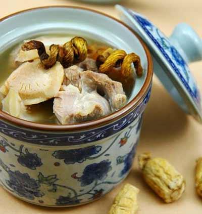壮阳鸽子汤的做法 这样做鸽子汤才能补肾壮阳