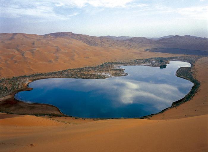 通辽美食网_巴丹吉林沙漠景区 --文化