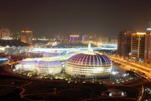 河南艺术中心夜景
