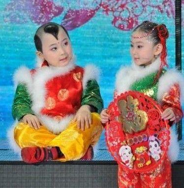 邓鸣贺出院后照片_春晚童星邓鸣贺患白血病化疗顺利 8月可出院