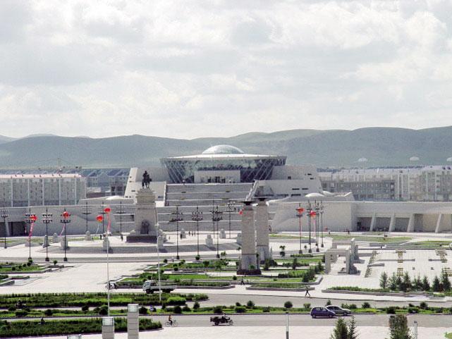 新闻中心 内蒙古新闻 城镇建设 正文    西乌旗虚实并举,依托全旗经济