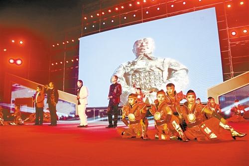 固阳第十届秦长城文化旅游节在包头盛大开幕