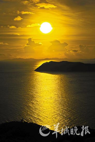 珠海东澳岛日落美景  记者陈文笔摄