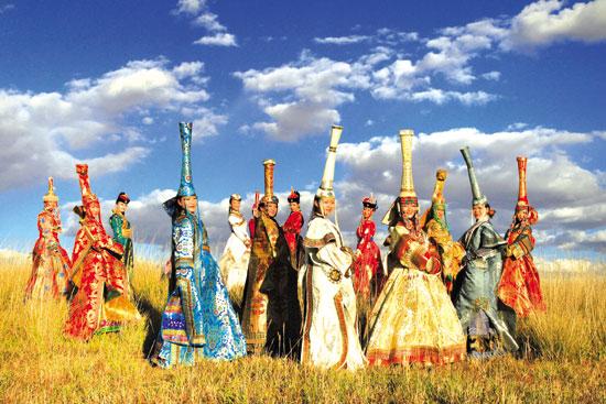 中国蒙古族服装服饰艺术节:内蒙古旅游的靓丽名片