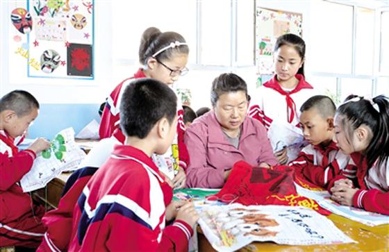 校本课传承传统文化--部门新闻
