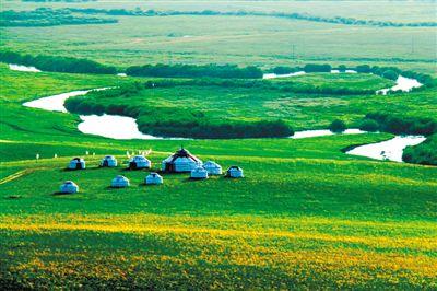 近年来,乌拉盖管理区贺斯格乌拉牧场把发展草原生态旅游业作为产业