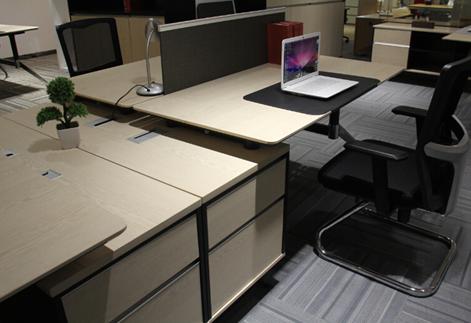 说起时尚个性的办公环境,不得不提google公司在全球的办公空间设计—