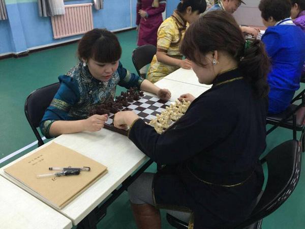 陈巴尔虎旗民族幼儿园开展教师蒙古象棋培训活动