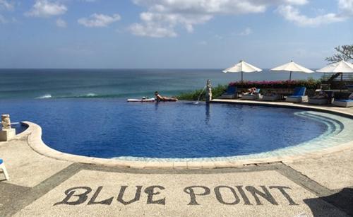 巴里岛游泳