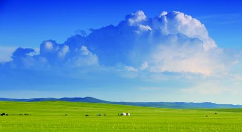 """小伙伴们有福利啦,盛夏里,""""草原之星""""旅游专列带您直抵乌拉盖大草原"""