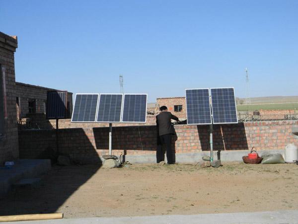 乌拉特中旗德岭山镇37户无电牧民通上了电