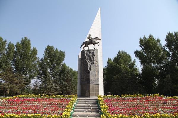 内蒙古革命烈士陵园