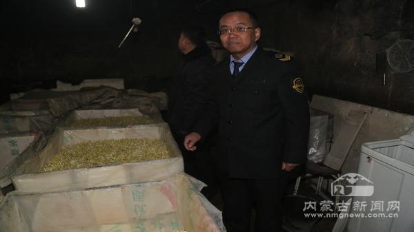 呼和浩特市食品药品监督管理局在回民区攸攸板镇塔布