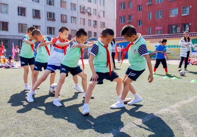 巧尔齐召小学2016年校园体艺科技文化节拉开帷幕