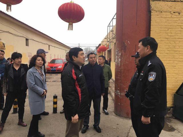 蔡裕东带领第二十督导组督导检查西菜园街道环境卫生综合整治工作
