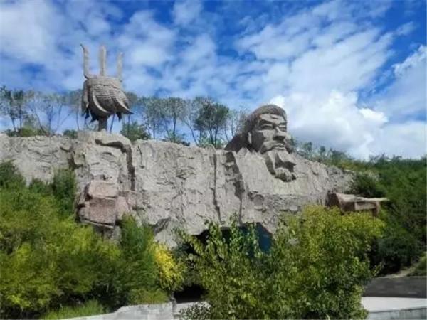 成吉思汗公园:一步一景美如画.jpg