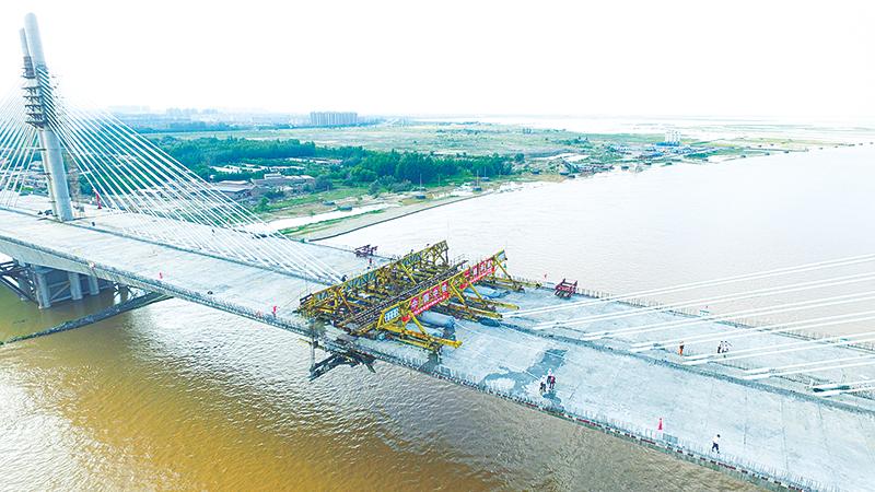 乌海黄河大桥合龙