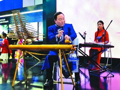 越南:独弦琴里稻花香