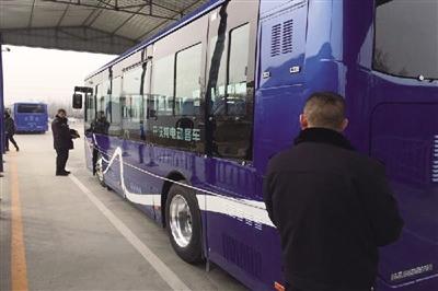 首府又有300余�v新能源公交�上路啦