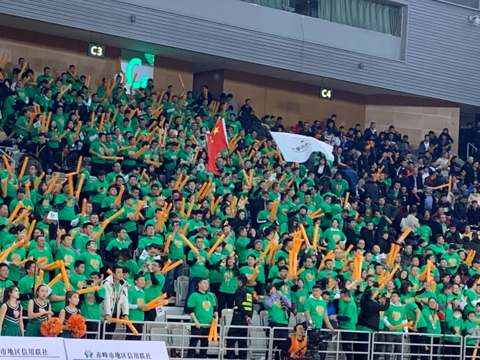 热点:WCBA联赛内蒙古职业篮球队迎来主场首胜