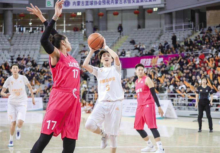 内蒙古女篮新年首战大胜 巴特尔展望2020