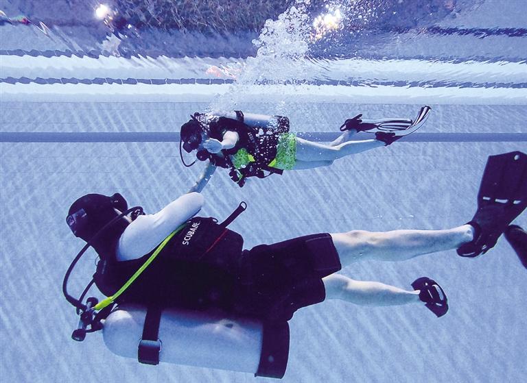 体验潜水-新闻中心-内蒙古新闻网